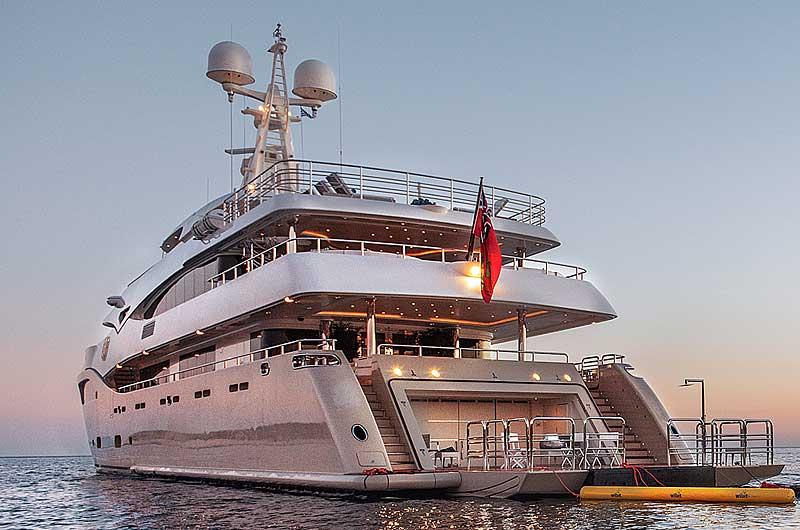 Nigel James Yacht Charter crewed megayacht Light Holic