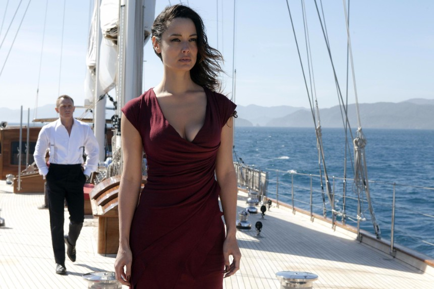 A shot from the movie 'Skyfall' (2012), where REGINA starred as a yacht named Chimera.